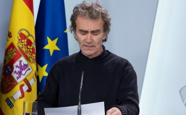 Señalado: La investigación penal por el 8-M de la Guardia Civil salpica a Fernando Simón
