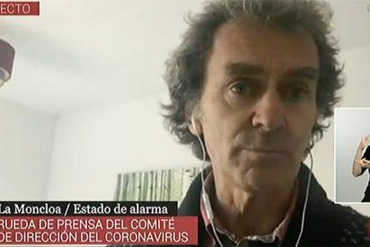 Fernando Simón, contagiado y aislado en su casa, sigue al frente del desastre del Gobierno con el coronavirus