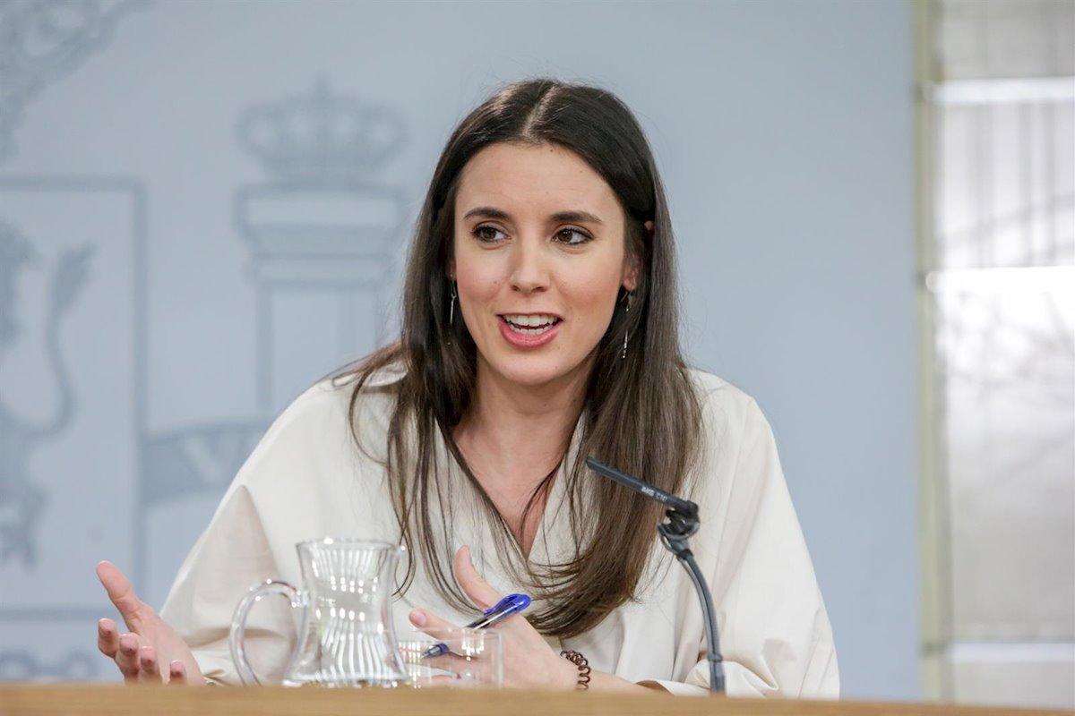 Arde Moncloa por los cuatro costados: Irene Montero coló a los ministros un texto diferente al de su ley
