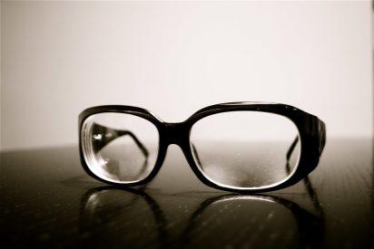 Las gafas premontadas, una elección con graves consecuencias visuales