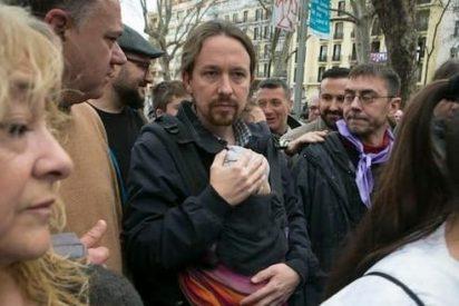 Una vergonzosa foto de Pablo Iglesias con su bebé provoca una ola de indignación en las redes