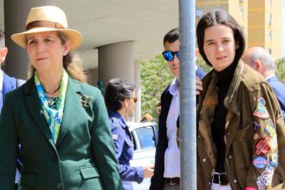 La infanta Elena 'cuela' en Zarzuela a un polémico colaborador de Telecinco y arde la Casa Real