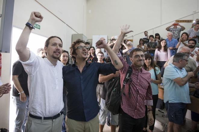 """Kichi reaparece 'a lo Colau' saqueando Cádiz: paga con dinero público un taller de """"autocoñocimiento"""""""