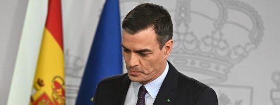 Voces discrepantes del PSOE le calzan un gancho en toda la mandíbula a un Sánchez endiosado
