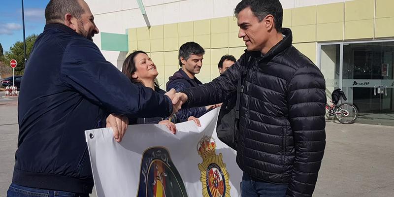 ¿Equiparación salarial? Pedro Sánchez da la espalda a los policías nacionales mintiéndoles a la cara