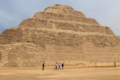 Egipto resucita a sus faraones: abre su pirámide más antigua después de 14 años de restauración