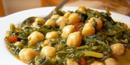 Potaje de garbanzos con espinacas: Simple y delicioso