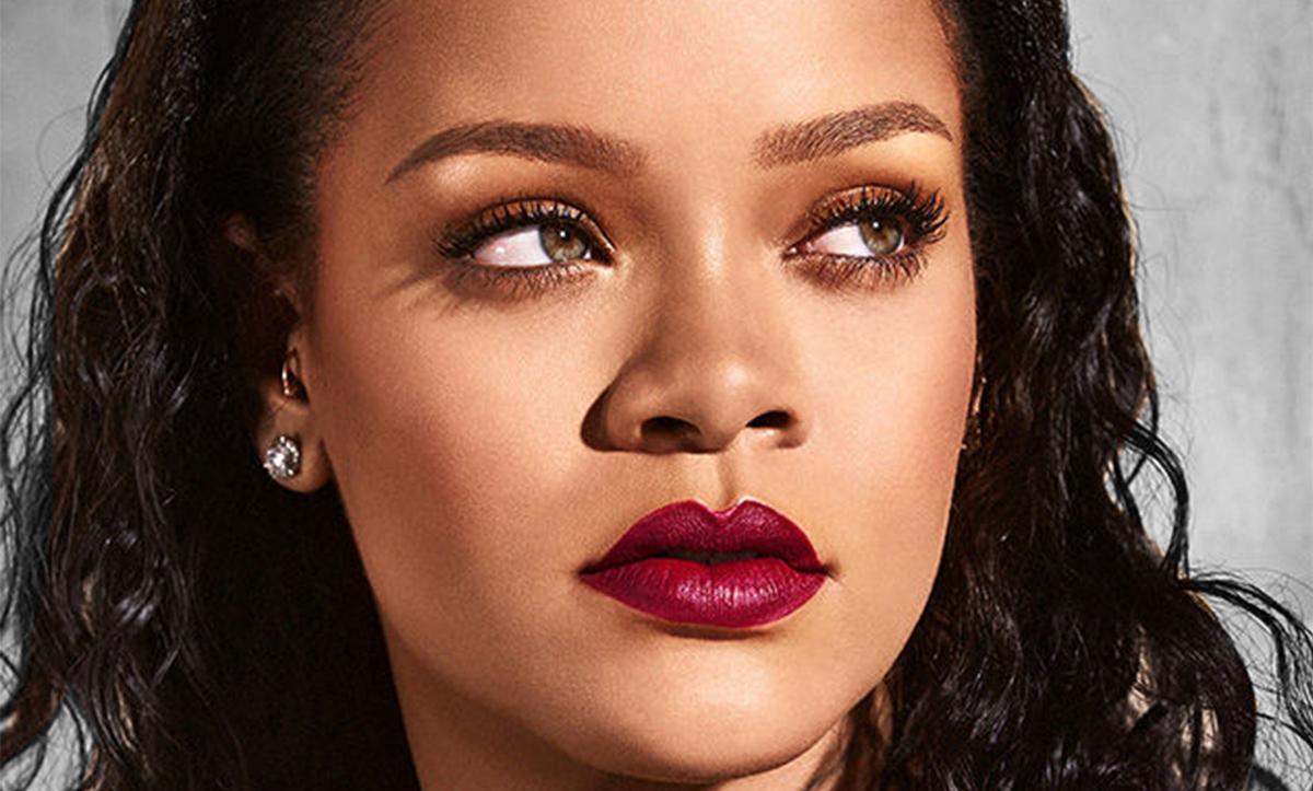 Rihanna abre la cartera y dona un pastizal para luchar contra el coronavirus