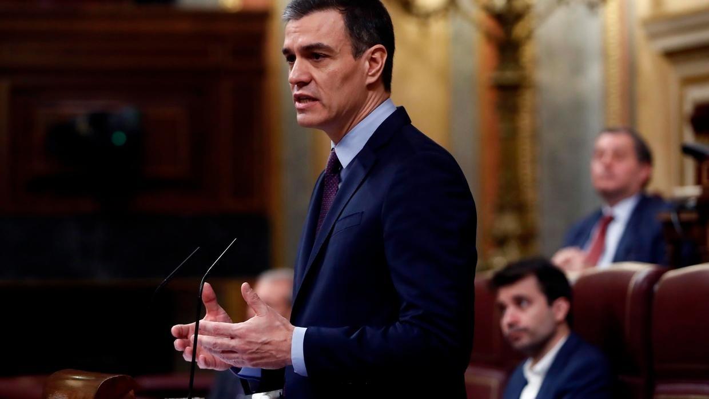 """Pedro Sánchez afónico y con 'ahogos' dispara la alarma: """"Moncloa miente, tiene coronavirus"""""""