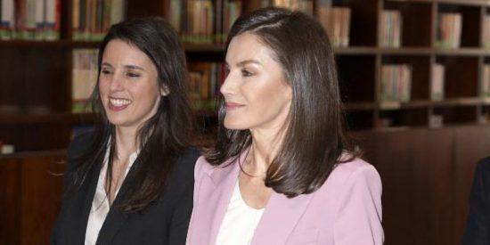 La Reina Letizia 'adelanta' a Irene Montero: se acerca las víctimas de violencia de género, celiacos y pacientes con Esclerosis Múltiple