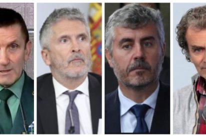 Monumental ridículo en Moncloa: 'la banda del bulo' celebra con aplausos perseguir a los periodistas críticos con Sánchez
