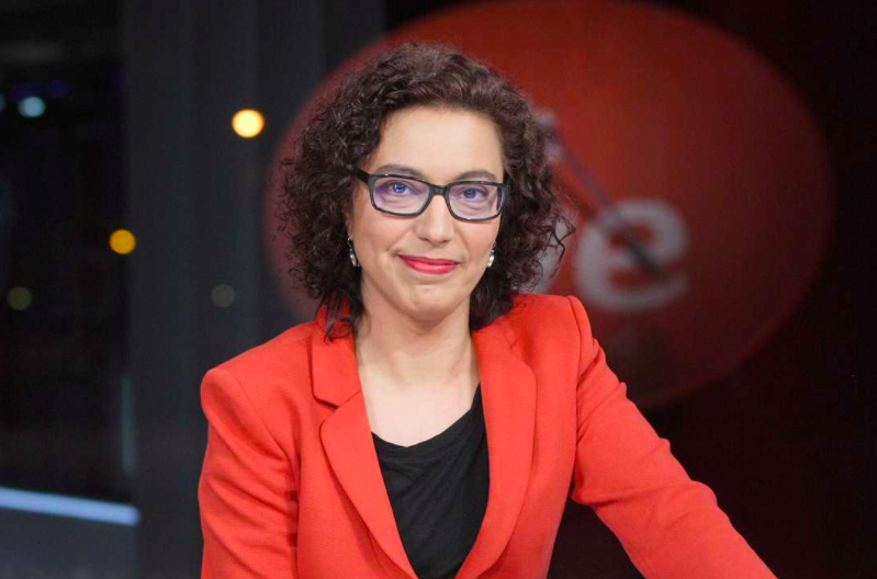Con más de 10.000 muertos por coronavirus, la comisaria de Igualdad de TVE riñe a la plantilla por no rotular 'jefa' cuando es mujer