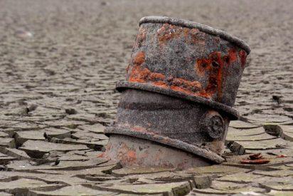 Día 2 de desplome petrolero: crudo WTI de junio cae 48% a 10 dólares