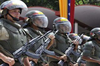 La Guardia Nacional de Venezuela se emplea a fondo para sacar de Miraflores al sátrapa Nicolás Maduro