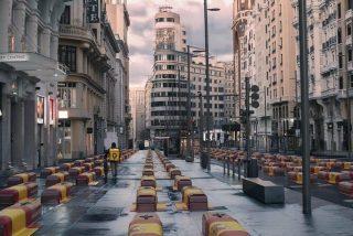 La 'Gran Vía de los Feretros' que oculta el Gobierno Sánchez... según VOX