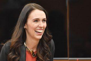Nueva Zelanda extiende sus exitosas restricciones por el coronavirus