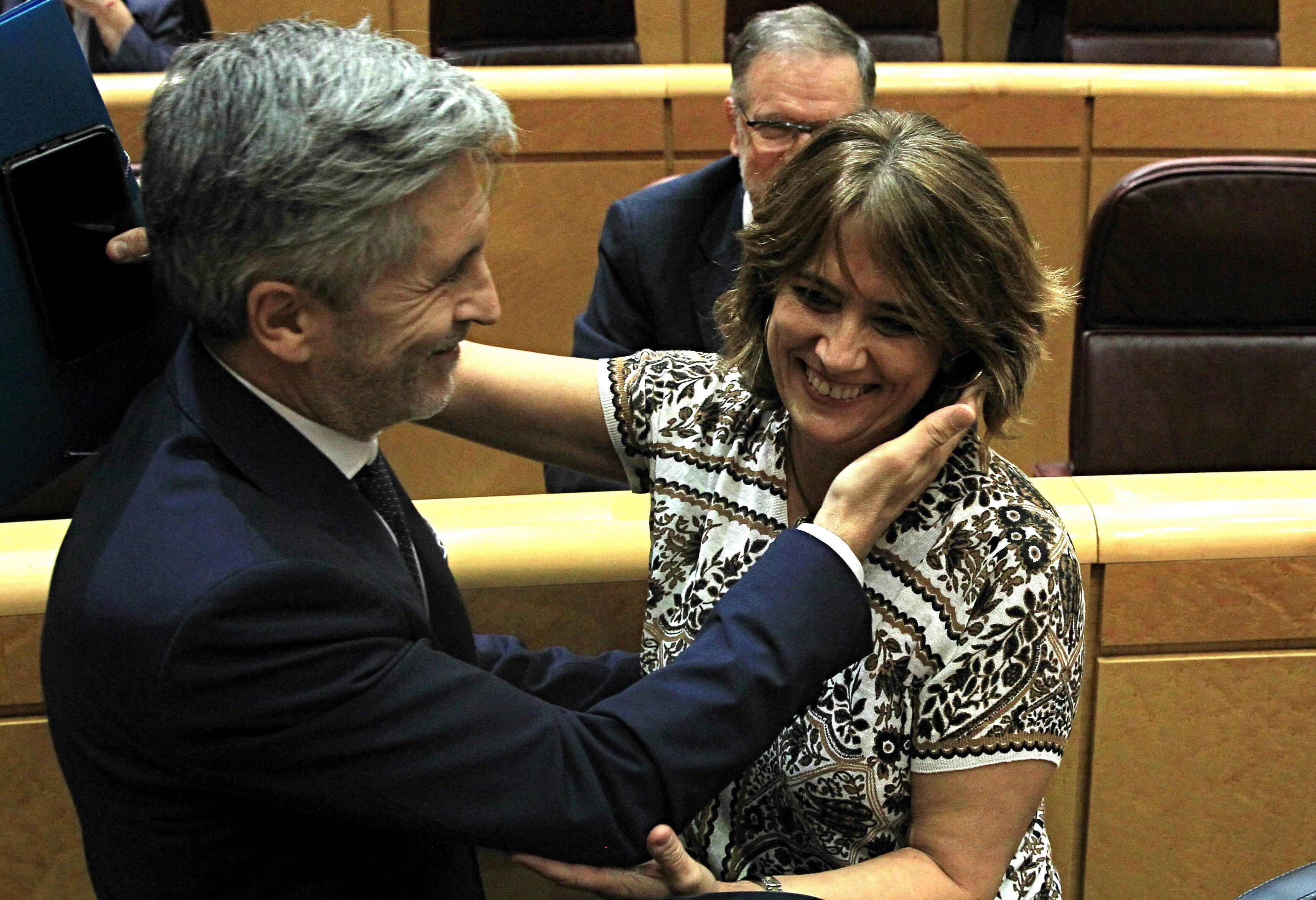 """La alianza entre Marlaska y la fiscal que le llamó """"maricón"""", en la 'Operación Mordaza' contra los periodistas que no le bailan el agua a Sánchez"""
