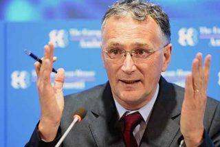 La primera dimisión en Europa por el COVID-19 deja ver que Sánchez no es el único inepto