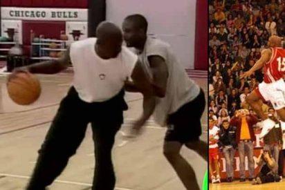 """Cuando Michael Jordan regresó del retiro para 'pisotear' a una joven promesa por retarlo: """"No me vuelvas a llamar para esto"""""""