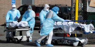 """Coronavirus: Nueva York enterrará a los muertos con COVID-19 en """"fosas temporales"""" en parques públicos"""