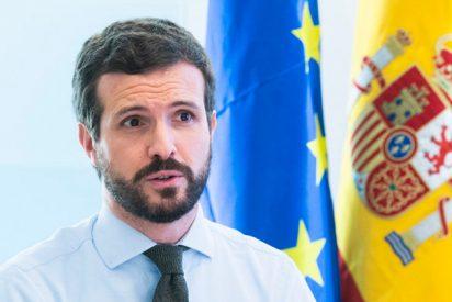 Pablo Casado se entera por la prensa de que Pedro Sánchez se va a reunir el jueves con él