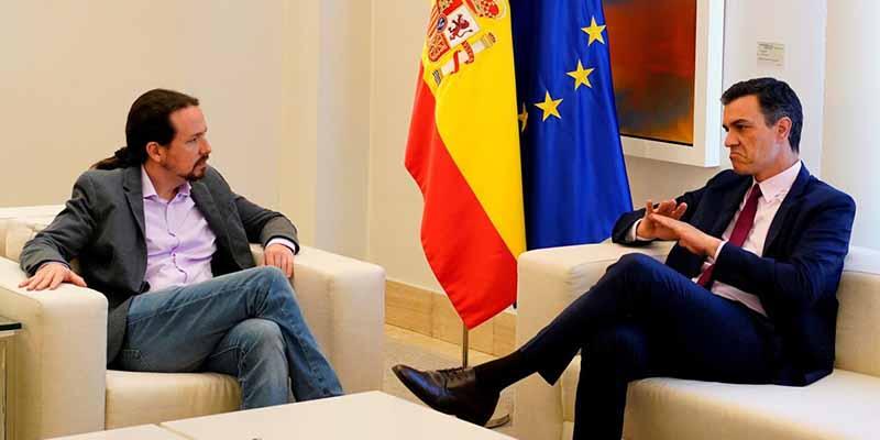 Un informe 'descuartiza' al Gobierno Sánchez - Iglesias: más de 13.000 muertos por priorizar el 8M y retrasar el confinamiento