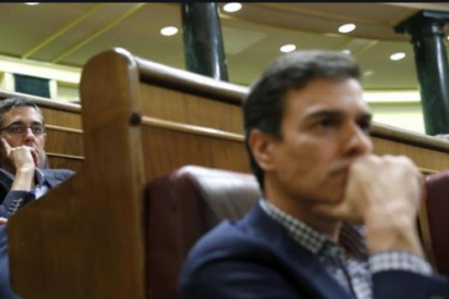 Un viejo rival de Pedro Sánchez reaparece para romper en mil pedazos la mordaza que pretende imponer a los medios críticos