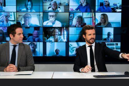 Pablo Casado rechaza el 'abrazo' de Pedro Sánchez y le remite sus 10 Mandamientos
