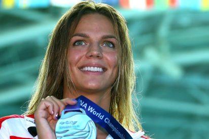 Yuliya Efimova, la bella campeona olímpica rusa, se entrena a tope 'nadando' sin piscina