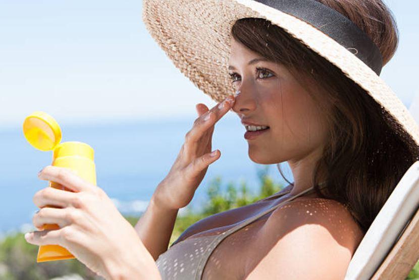 5 mejores cremas solares con color