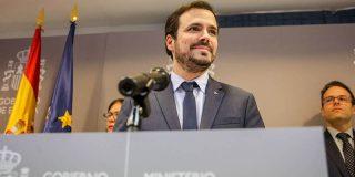 """Garzón amenaza a las aerolíneas por demorar los reembolsos y se lleva un zasca de altura: """"Lo mismo pasa con el pago de los ERTE"""""""