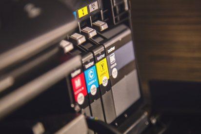 ¿Puede estropearse la tinta de las impresoras que no se utilizan durante estos meses?