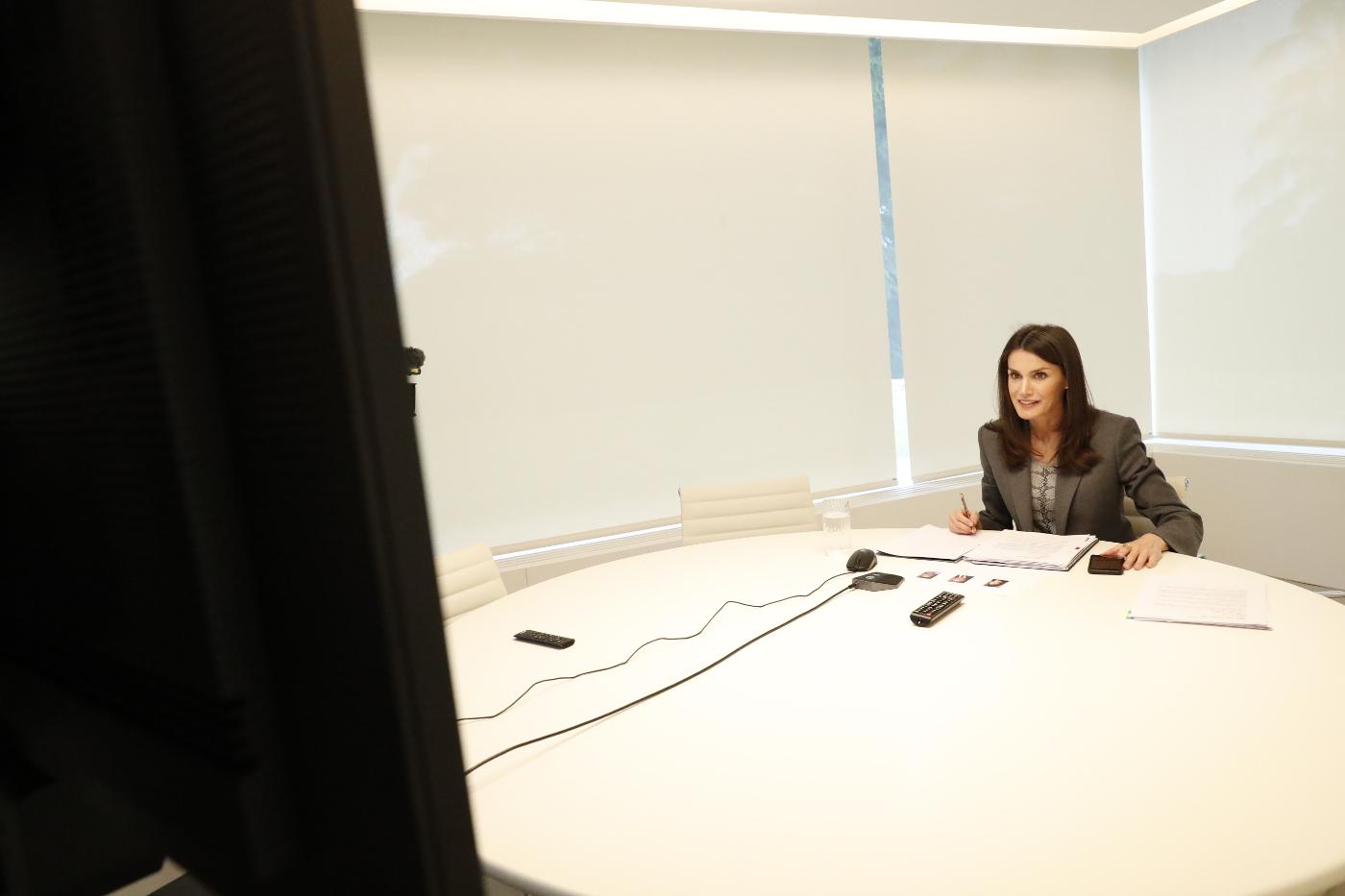 Un vídeo oficial avergüenza a Doña Letizia y sacude a la Casa Real en plena crisis del coronavirus