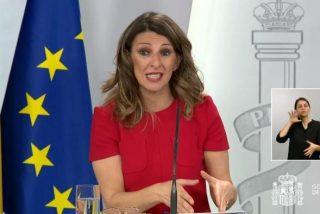 """Yolanda Díaz, la sustituta de Iglesias, protagonista de la mayor pifia de la legislatura: """"El Gobierno ha modificado la Constitución"""""""