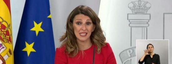 ¡Para esto ha quedado la ministra de Trabajo! Díaz (Podemos) se limita a criticar en Twitter los despidos en las empresas