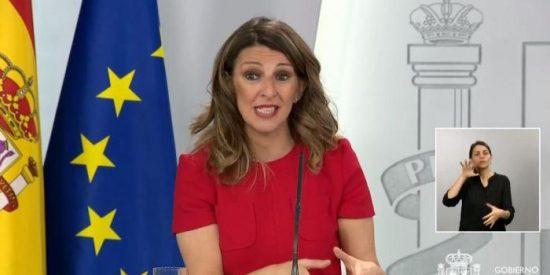 Vea cómo la ministra Yolanda Díaz explica entre risas qué es un ERTE, a pesar de los terribles datos de paro y el COVID-19