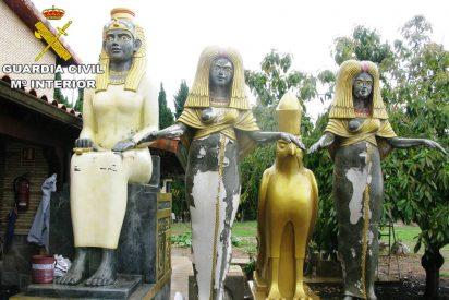 Castellón: Un sujeto roba 14 esculturas egipcias valoradas en 50.000 euros