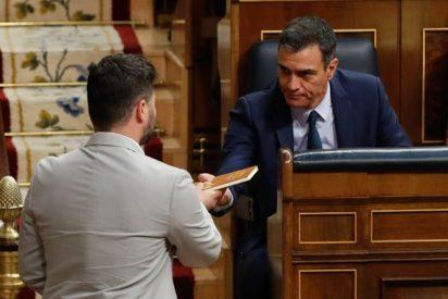 Los babosos piropos de Sánchez a Rufián para seducir a ERC y poder seguir atornillado en la Moncloa