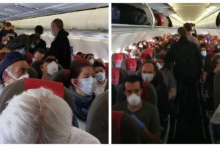 """El 'vuelo-patera' entre Madrid y Gran Canaria sin distancia de seguridad: """"Va como una lata de sardinas"""""""