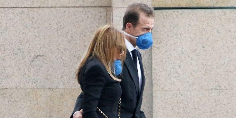 Ana Obregón y Alessandro Lequio dan el último adiós a su hijo en un entierro íntimo