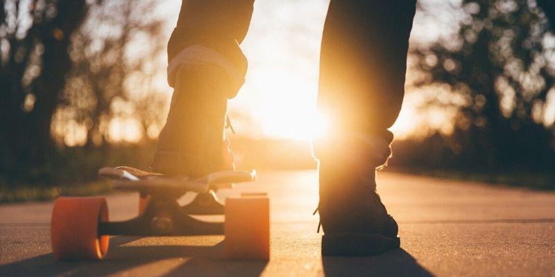 Fallece una niña de 10 años tras golpearse la cabeza al caer de un patinete