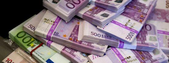 La Guardia Civil pilla en un control rutinario a un tipo que escondía 640.000 euros en el coche