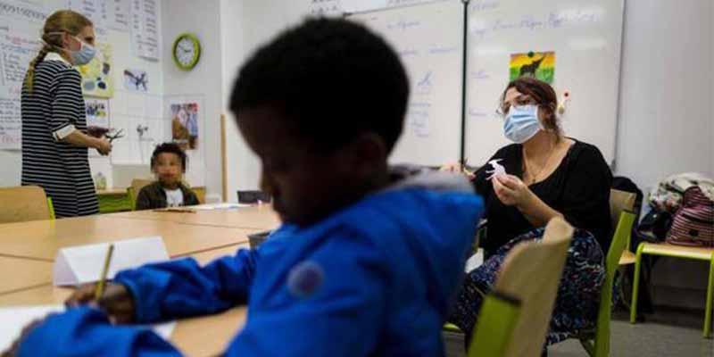 Francia frena la desescalada con el cierre de 70 escuelas por un rebrote del coronavirus