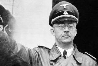 Heinrich Himmler: el sello que permitió atrapar al diabólico carnicero nazi