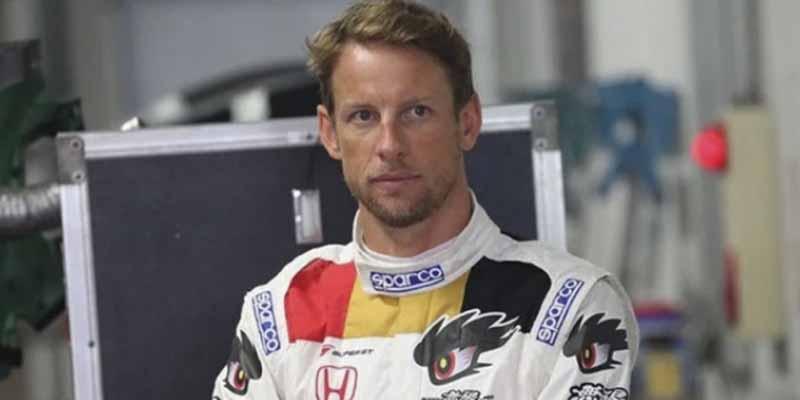 "Button atiza a Ferrari por su ""error"" de fichar a Sainz para un papel secundario: ""Es un campeón como su padre"""