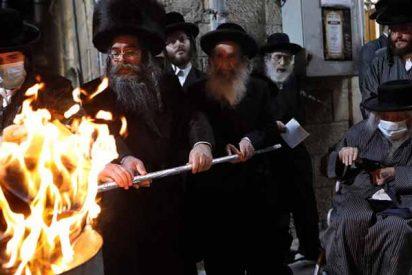 Detienen a más de 300 judíos ultraortodoxos por una multitudinaria celebración en medio de la cuarentena