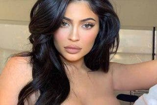Kylie Jenner la monta parda con su provocador vestido de cumpleaños