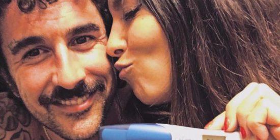 Lorena Castell rompe súbitamente con el padre de su hijo e inicia una nueva vida