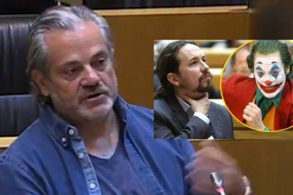 Marcos de Quinto se cachondea de Pablo Iglesias vistiéndose de zarrapastroso como él