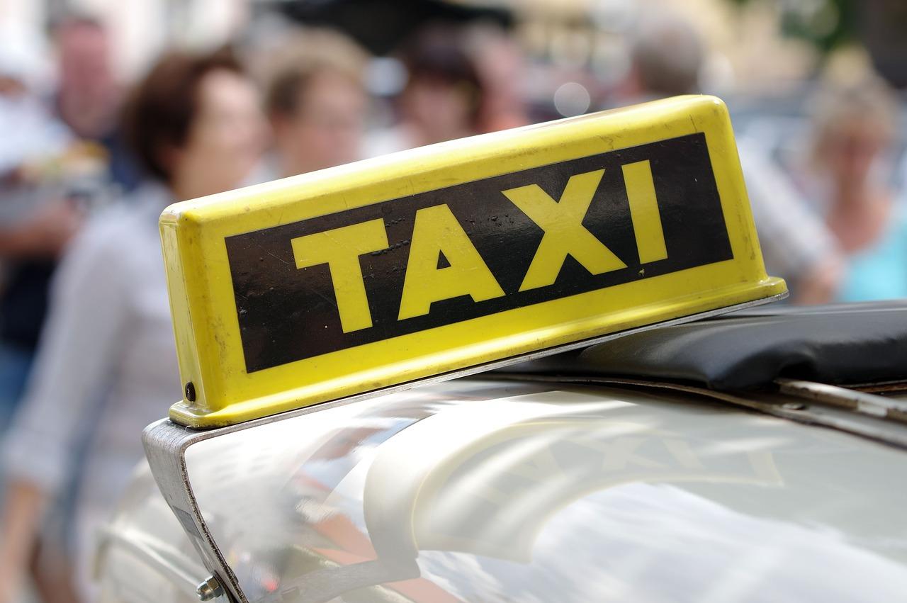 Chiste: el de la carrera en taxi y la lógica